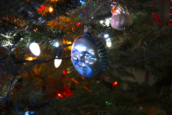 12:31:ornament2