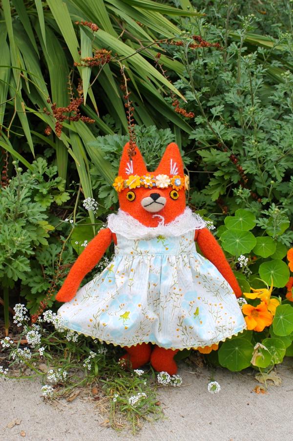 9:21:fox girl 1e
