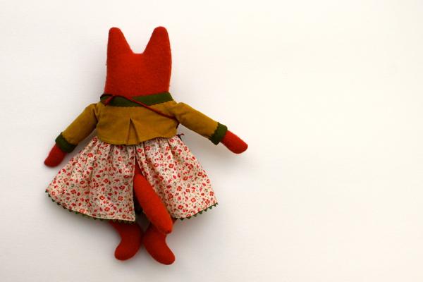 11:10:fox girl 2c