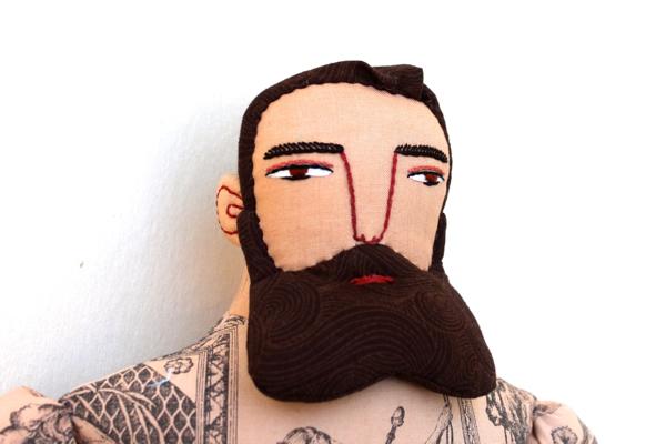 11:19:tattoo man 1a