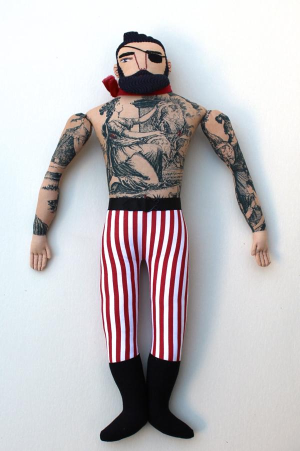 11:22:tattoo man 3a