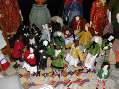 mini dolls with stand