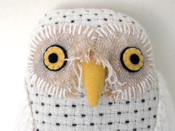 7:2:snowy owl b