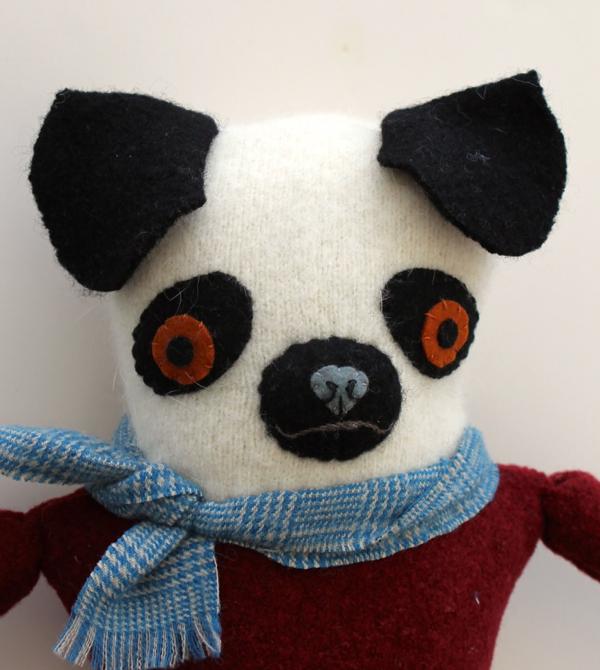 1:20:sweater pug 2a