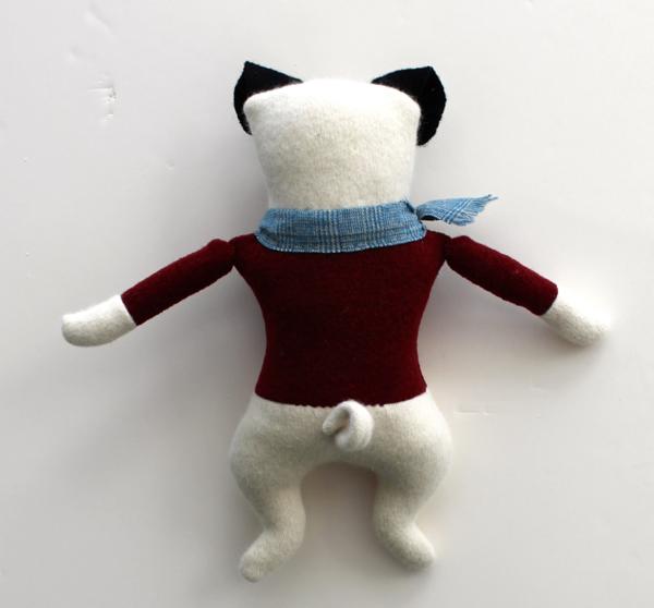 1:20:sweater pug 2b