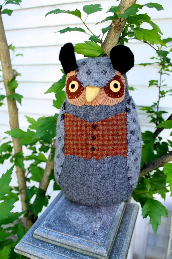 6:21:owl vest d