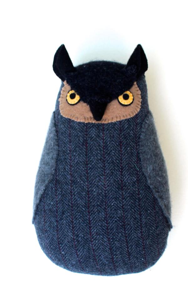 8:22:grey owl 1a