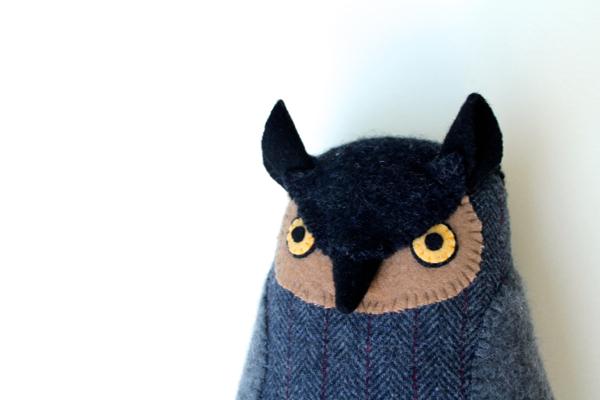 8:22:grey owl 1b