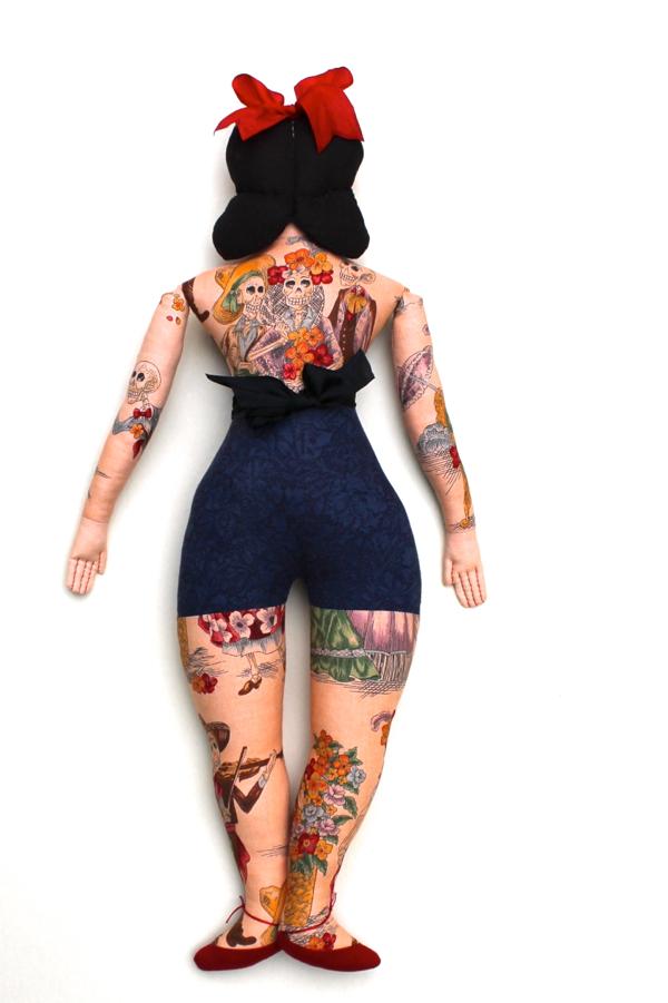 10:24:tattoo lady 2b