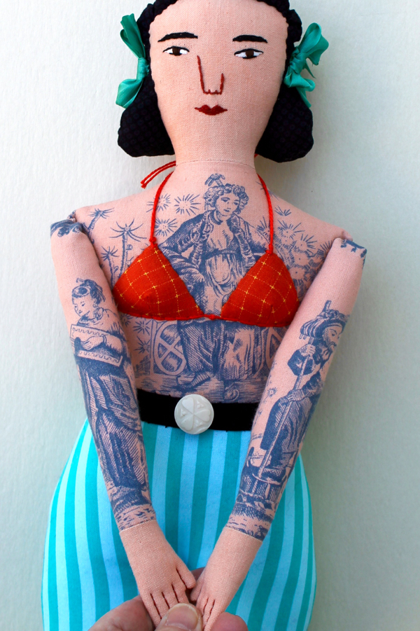 12-6-tattoo girl  - 1 (2)