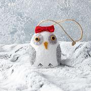 mimi-kirchner-owl-ornaments-baby-t