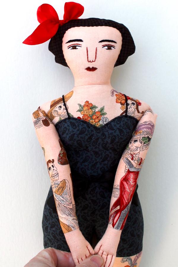 12-21-tattooedlady3-1-2