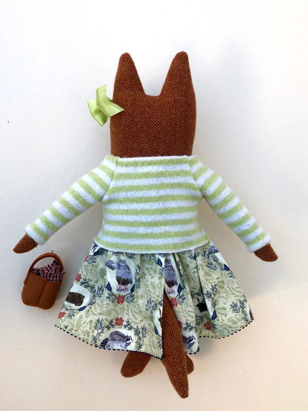 11-22-fox girl 4 - 3