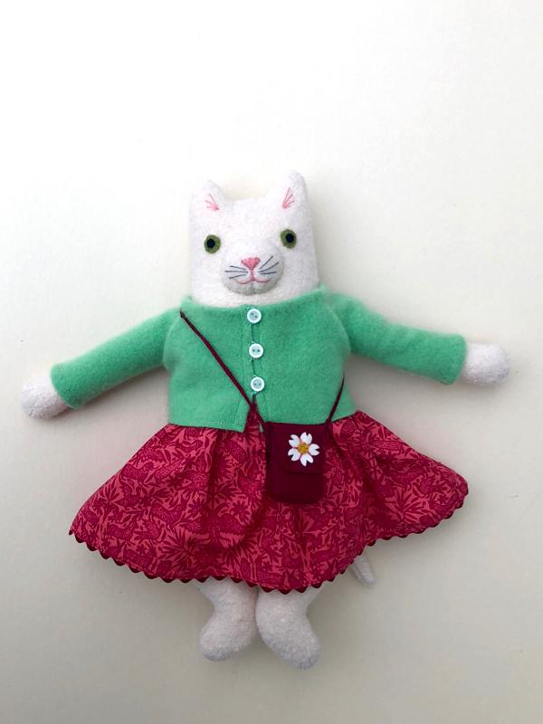 12-11-kitty girl white - 1