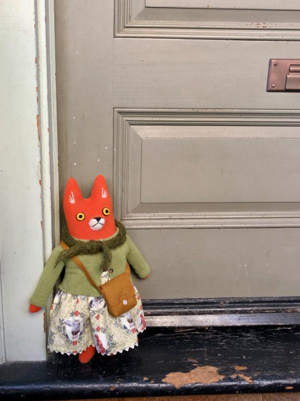 12-20-green fox girl - 1 (1)